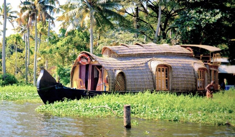 KERALA – Backwater, Spice & Yoga